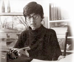 Jane Roberts with typewriter
